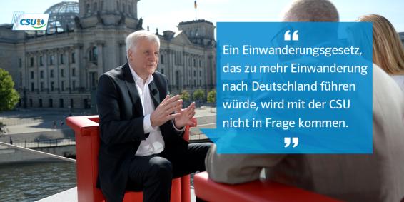 """Afiche CSU: """"Una ley de inmigración que lleve a más inmigración hacia Alemania no tienen lugar con la CSU."""" Fuente: @CSU."""